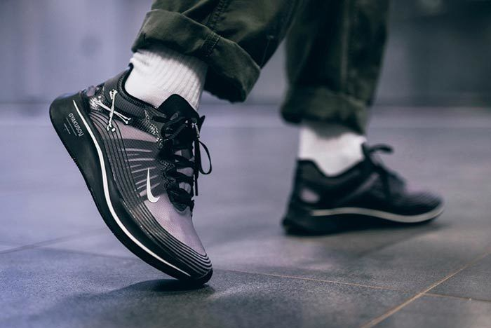 Gyakusou Zoom Fly On Foot 2