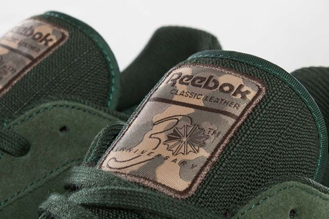 Reebok Classic Leather Utility Olive Green Tongue Detail 1