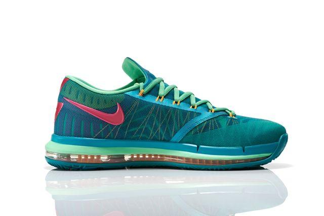 Nike Basketball Elite Series Hero Collection 15