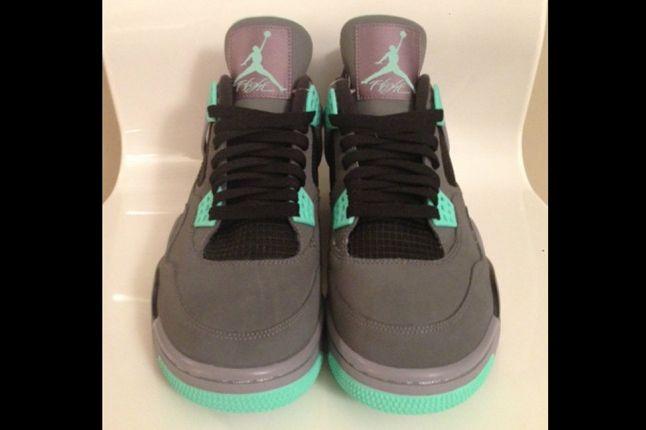 Air Jordan 4 Green Glow Front 1