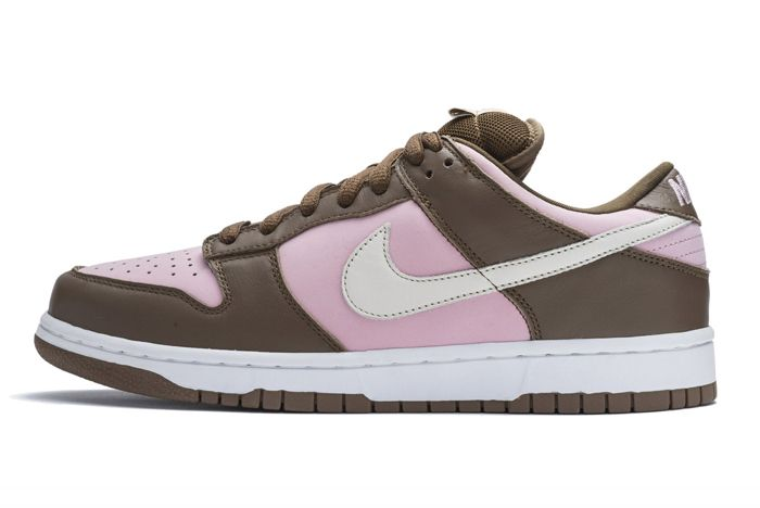 Stussy Nike Sb Dunk Low Lateral Side