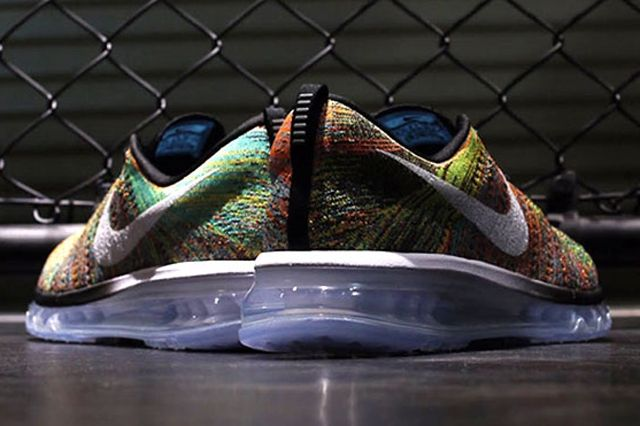 Nike Flyknit Air Max Multicolor 11