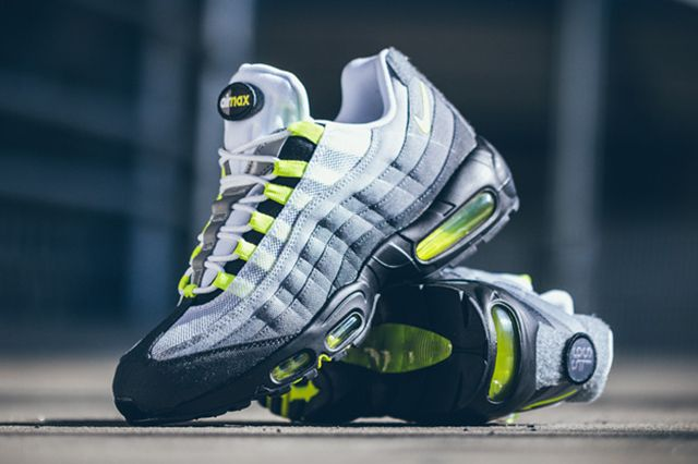 Nike Air Max 95 Patch Neon 4