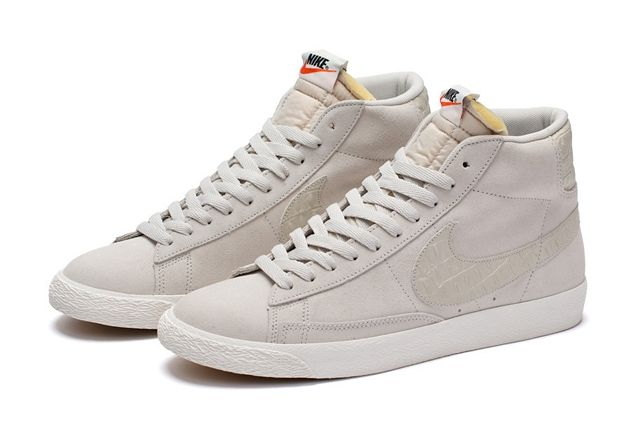 Nike Blazer Mid Light Bone 1