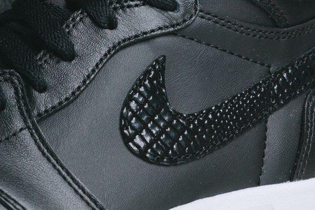 Air Jordan 1 5 The Return4