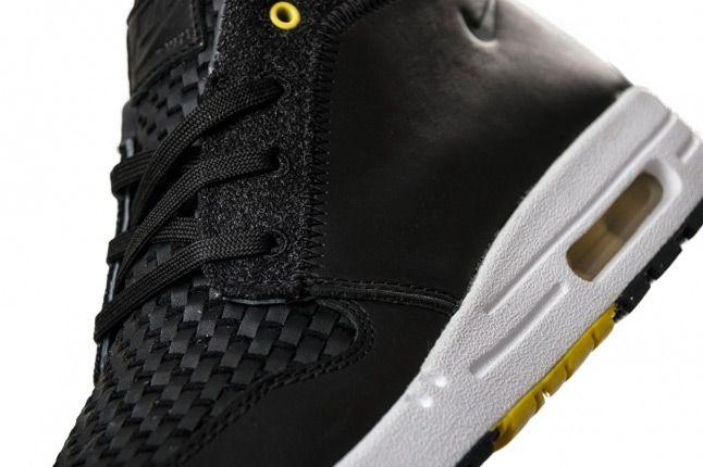 Nike Wardour Max 1 Woven Detail 1