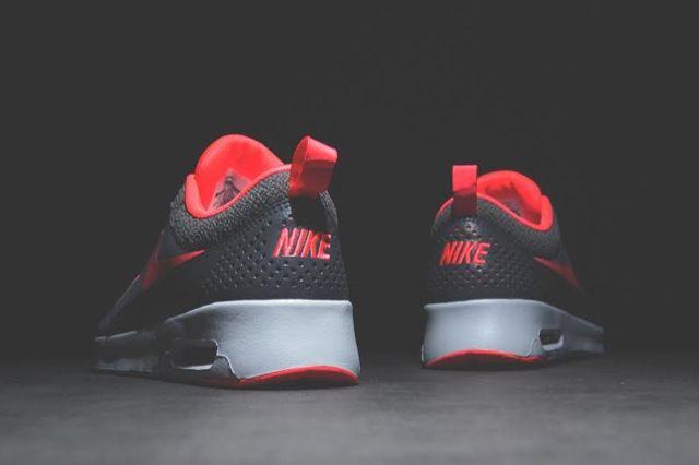 Nike Air Thea Hyperpunch 1