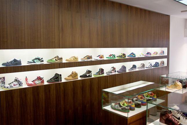 Sneaker Museum 30 1