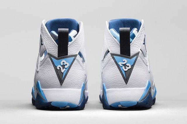 Air Jordan 7 French Blue 3