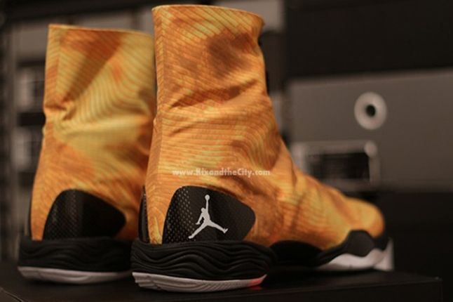 Jordan Xx8 Yellow Camo Pair Heel 1