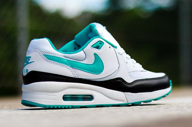Nike Wmns Air Max Light Dusty Cactus 2