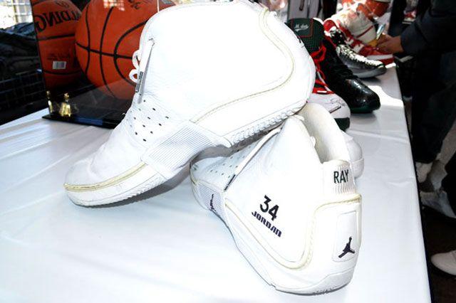 Bucks Sneaker Summit 13