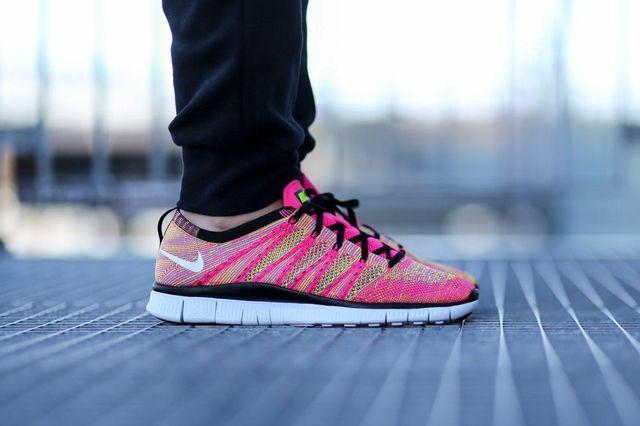 Nike Free Flyknit Nsw Pink Flash 2