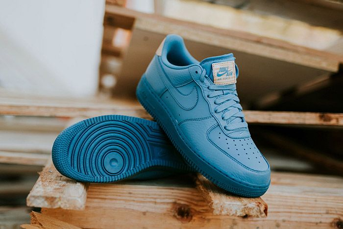 Nike Air Force 1 07 Lv8 Smokey Blue 1