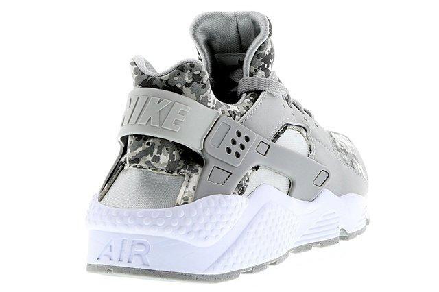 Nike Air Huarache Camo Pack 3