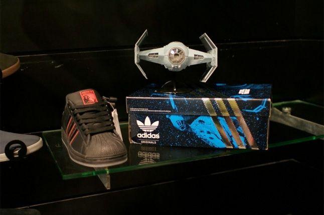 Adidas Star Wars Darth Vader Superstar 2 1