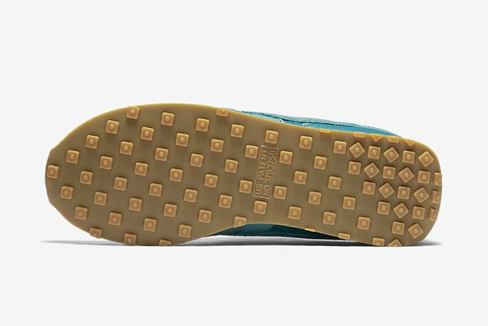 Nike Wmns Waffle Sole Pack 2