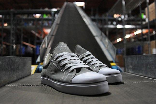 Warrior Pys Shoe Grey 1
