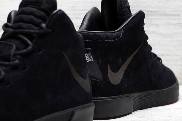 Lebron 12 Nsw Lifestyle Lights Out 01