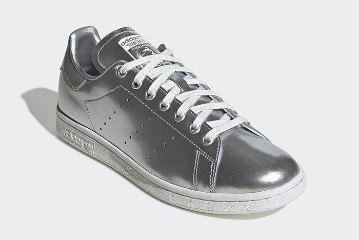 Adidas Stan Smith Silver Metal Fv4300 Front Angle