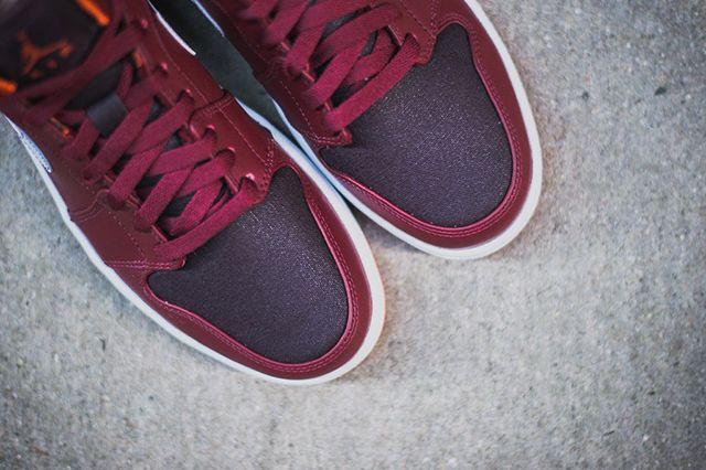 Air Jordan 1 Team Red Electric Orange 5
