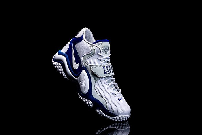 Barry Sanders Nike Air Zoom Turf Jet 97 Right Angled