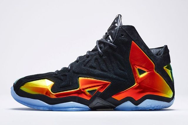 Nike Lebron 11 Ext Kings Crown Bump 1