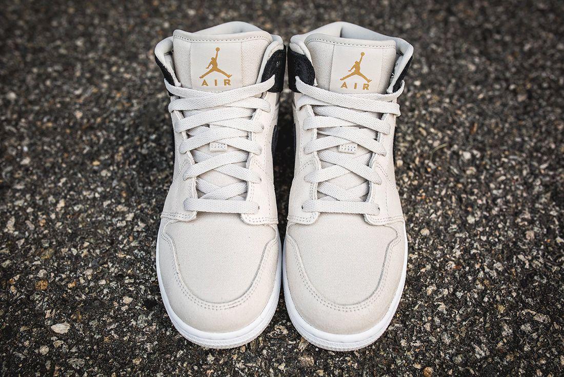 Air Jordan 1 Mid Bg Light Bone Metallic Gold4