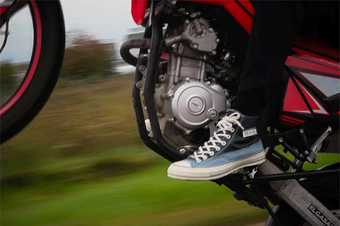 One Block Down Converse Chuck 70 Black Release Date Motorcycle