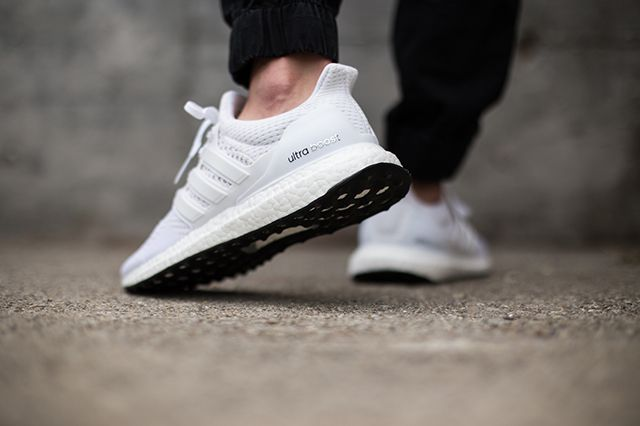 Adidas Ultra Boost White Black 3