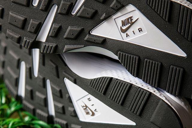 Nike Air Huarache Tonal Suede Pack Bumper 6
