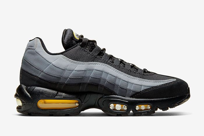 Nike Air Max 95 Batman Right