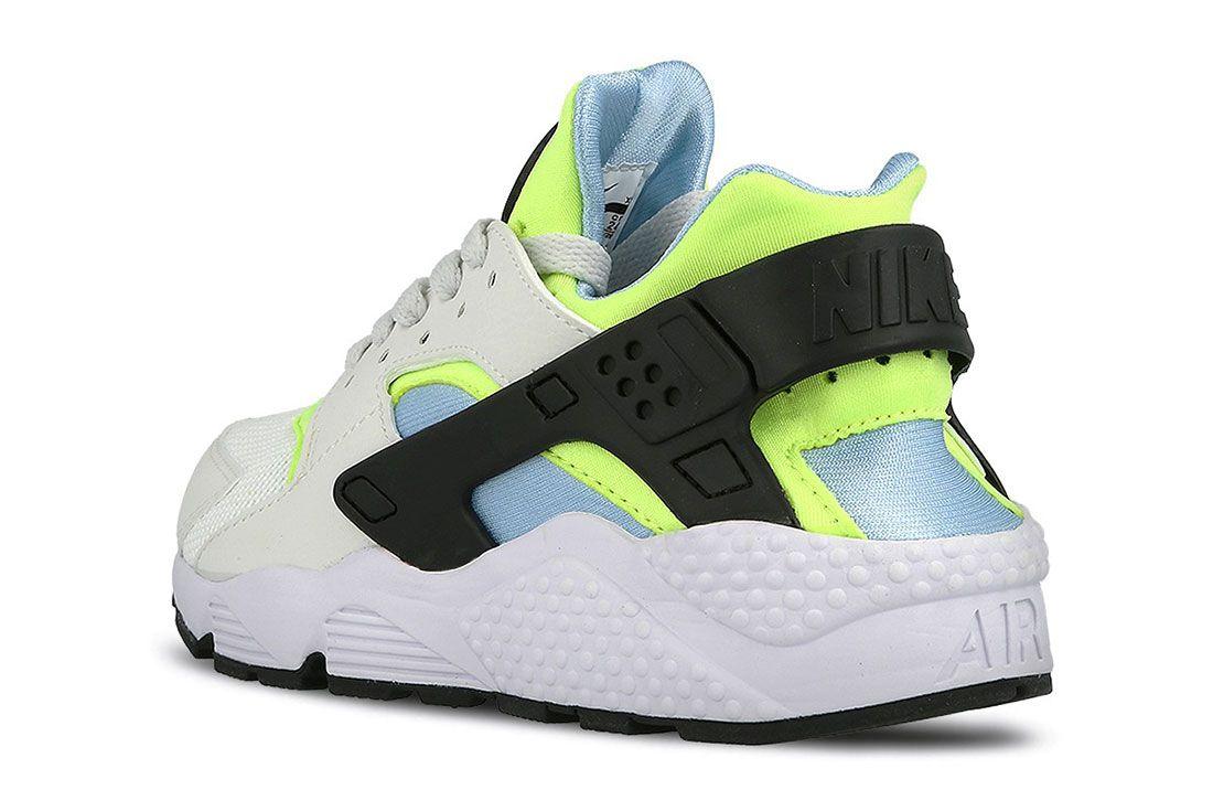 Nike Air Huarache Barely Volt 4