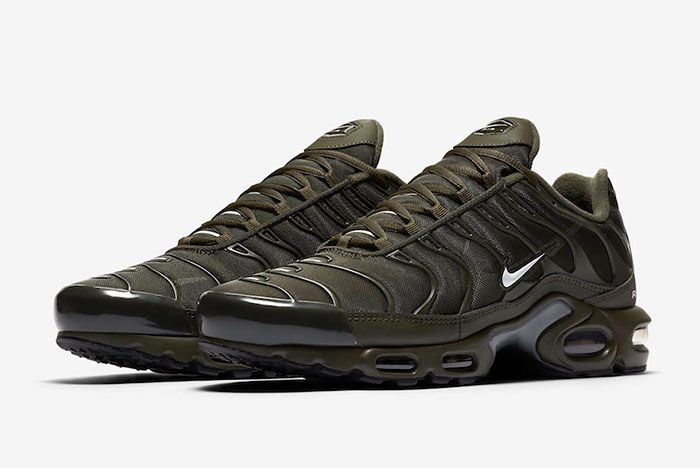 Nike Air Max Plus Olive Cu3454 300 Front Angle
