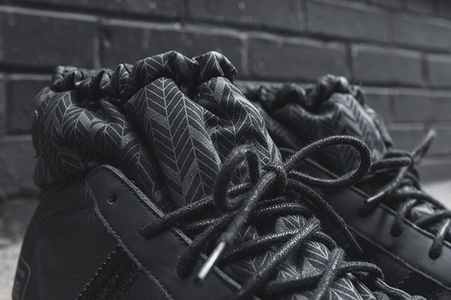 Adidas Y 3 Snow Model Mid Triple Black3