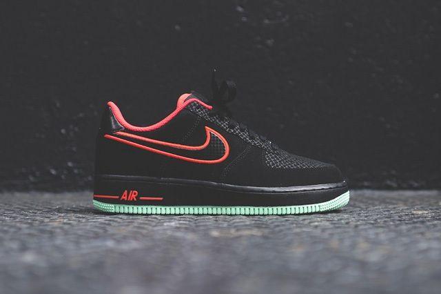 Nike Air Force 1 Low Laser Crimson Arctic Green 6