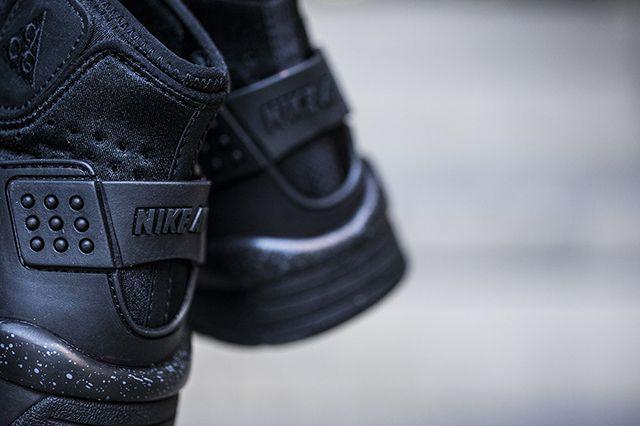 Nike Air Mowabb Og Black 5