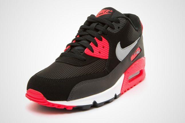Nike Am90 Blk Infrared Toe Quarter 1