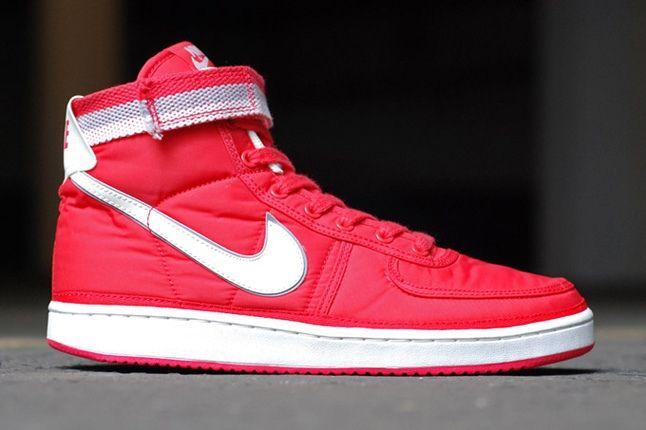 Nike Vandal Supreme Red Profile 1