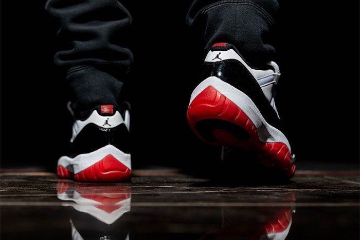 Air Jordan 11 Low White Bred Heel