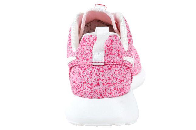 Nike Roshe Run Speckle Pink Heel 1