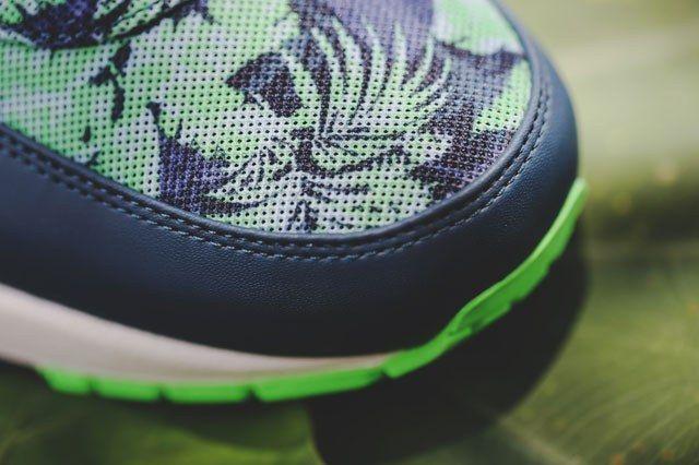 Nike Floral Pack 10