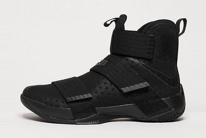 Nike Lebron Soldier Triple Black 1