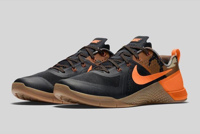 Nike Metcon 1 Black Total Orange Baroque Brown 6