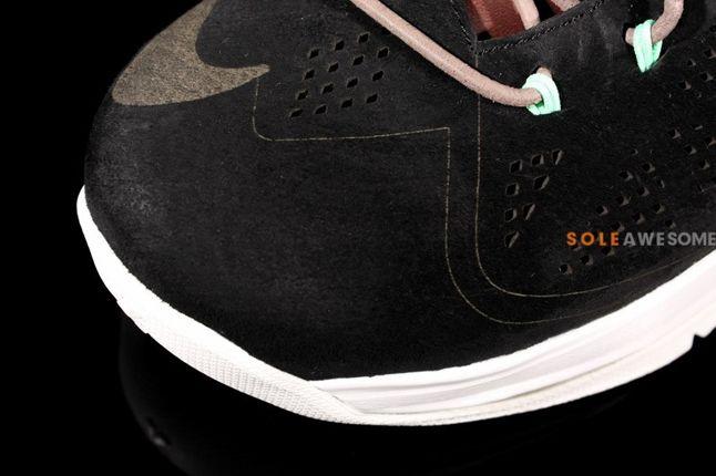 Nike Lebron X 10 Ext Black Suede Qs Toebox 1