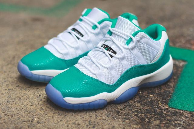 Air Jordan 11 Low Turbo Green Bump 7