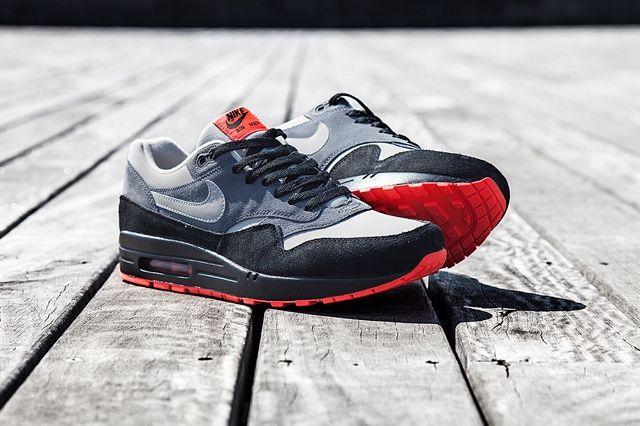 Nike Air Max 1 Granite Fl Bump 3