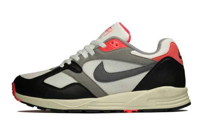 Nike Air Base Ii Vntg Inside Profile 1