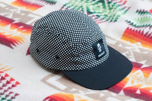 Skulls Un Everything Polka Dot 5 Panel Detail Front Quater Peak 1
