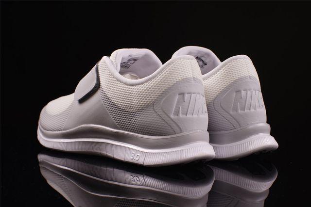 Nike Free Socfly 1